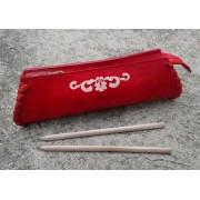 Pletena pernica - Futrola za olovke - Crvena
