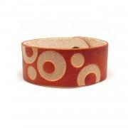 Kožna narukvica sa graviranim kružnim uzorkom - narandžasta