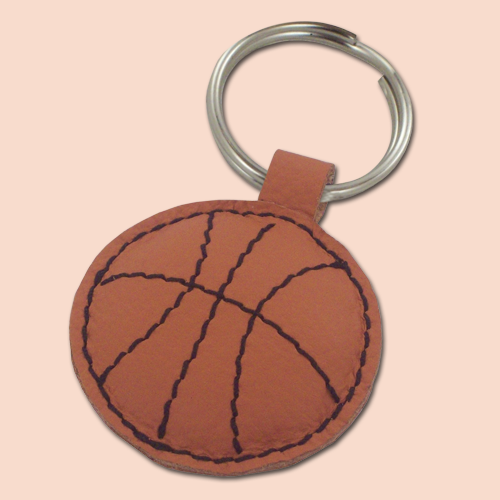 Kožni privesak za ključeve lopta košarkaška