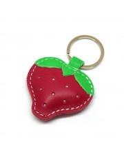 Kožni privesak crvena jagoda