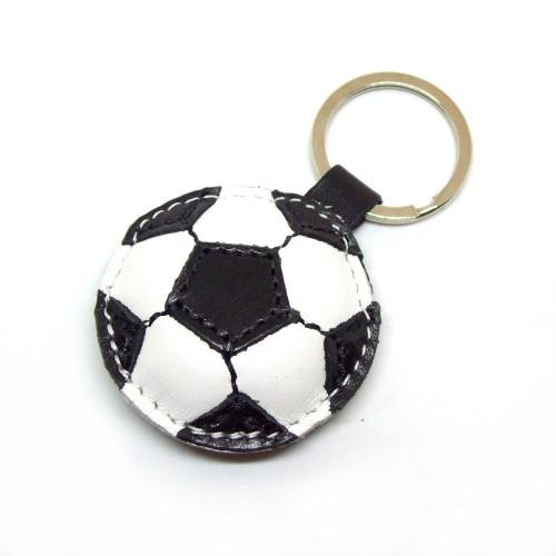 Kožni privesak za ključeve fudbalska lopta - Crno-bela