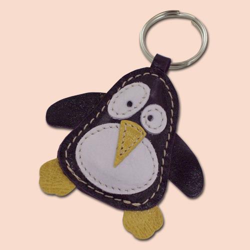 Pingvin kožni privesak za ključeve crni