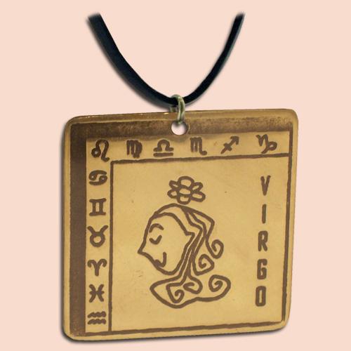 Medaljon Devica Kvadratni