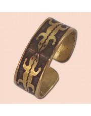Prsten od mesinga sa gušterčićima